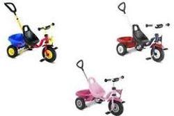 sélection de trois tricycles